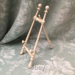 Exquisite Antique FRENCH Turned Wood TABLE EASEL Creamy Wh. Paint 1900 DollHouse